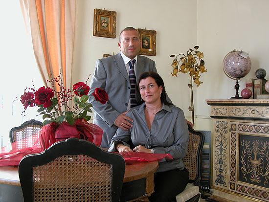 Arredamenti violi arredamenti di lusso mobili in stile for Arredamenti roberto nobili